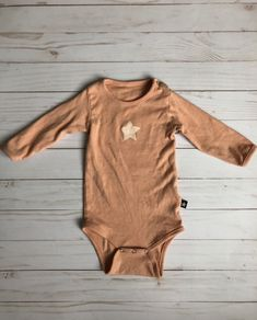 607a3dbd0 Size 68 (6-12 months) salmon pink onesie -Cotton jersey , Crew