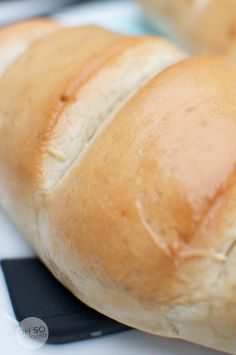 This one is SO easy, I'm always forgetting the french bread at the store. Oh SO Delicioso!: Easy French Bread