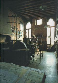 Palazzo Mariano Fortuny Venice: Studio. Textiles.