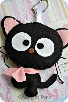 felt crafts Ideas, Craft Ideas on felt crafts Cat Crafts, Sewing Crafts, Diy And Crafts, Sewing Projects, Felt Cat, Felt Christmas Ornaments, Felt Patterns, Felt Fabric, Felt Toys