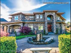 Richly appointed estate | Stunning stonework