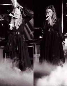 Demi Lovato Neon Lights Tour 2014