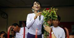 La formación opositora de la líder del movimiento democrático de Birmania, Aung San Suu Kyi, ha ganado de forma abrumadora las elecciones legislativas parciales al obtener al menos 43 de los 44 escaños a los que presentó candidatos, indicó la propia Liga Nacional por la Democracia. Ver más en: http://www.elpopular.com.ec/49251-el-partido-de-suu-kyi-proclama-su-triunfo-abrumador-en-los-comicios-birmanos.html?preview=true