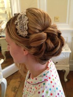 Beautiful!  With a sparkly headband instead of a veil?