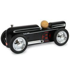 Coche metal thunder negro 20cm. Es una réplica perfecta de los coches de carreras y se distingue por su alta calidad y acabados refinados.