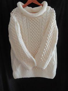 Hand knit wool sweater by MariyaMitov on Etsy Wool Yarn, Wool Sweaters, Hand Knitting, Trending Outfits, Boutique, Handmade Gifts, Kawaii, Stuff To Buy, Etsy