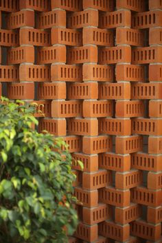 Image 4 of 32 from gallery of A House of Small Talks / WARP architects. Photograph by Prasanth Mohan, Running Studios Brick Building, Building Skin, Building Design, Brick Design, Facade Design, Compound Wall Design, Brick Architecture, Ancient Architecture, Sustainable Architecture