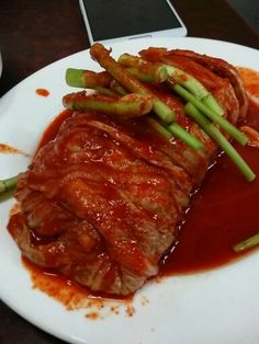 돼지갈비랑 먹으면 정말 맛있는 보쌈김치.따로 시켜야 함.6000원@안성집 을지로2가