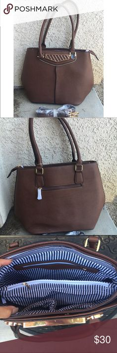Brown handbag Brand new brown handbag. Comes with an extra strap. Lots of extra pockets. Also a zipper pocket in the back. •PRICE IS FIRM• Bags Shoulder Bags
