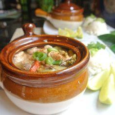 Mom, What's For Dinner?: Thai Ginger Lime Lemon Grass Claypot Chicken