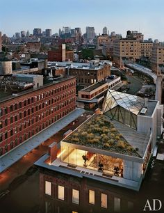 whatisindustrialdesign: Diane von Furstenberg's New York Penthouse by WORKac.: Diane von Furstenberg's New York Penthouse by WORKac. posted by Whatisindustriald New York Penthouse, Duplex New York, Manhattan Penthouse, Penthouse Photos, Manhattan Nyc, Lower Manhattan, Architectural Digest, Design Exterior, Interior And Exterior