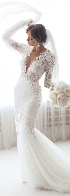 Nice 70+ Romantic Valentine's Day Wedding Dress Ideas https://femaline.com/2017/08/06/70-romantic-valentines-day-wedding-dress-ideas/