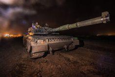 Carro Ariete in addestramento notturno