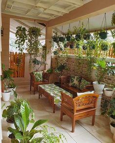 Love the greenery Outdoor Sofa, Outdoor Living, Outdoor Furniture Sets, Outdoor Decor, Dyi, Bottle Garden, Décor Boho, Backyard Pergola, Home Comforts