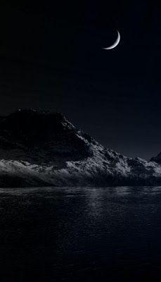 هلال مع جزيرة فى الليل الاسود تصميمات اللون الاسود In 2021 Background Dark Night Celestial