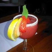 Štedrák ako závin (fotorecept) - recept | Varecha.sk Pavlova, Hurricane Glass, Thing 1, Watermelon, Ale, Pudding, Fruit, Tableware, Desserts