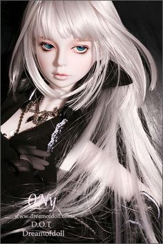 Image shared by Pang Dec-Fashion. Find images and videos about bjd on We Heart It - the app to get lost in what you love. Anime Dolls, Blythe Dolls, Barbie Dolls, Creepy Dolls, Cute Dolls, Ball Jointed Dolls, Doll Face, Beautiful Dolls, Fashion Dolls