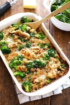 Creamy Chicken Quinoa and Broccoli Casserole - real food meets comfort food. From scratch, quick and easy, 350 calories | Pinch of Yum
