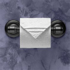 """""""Pleated Point"""" instructions in """"Toilet Paper Origami: Delight Your Guests with Fancy Folds and Simple Surface Embellishments"""" by Linda Wright ♦ http://www.amazon.com/dp/0980092310/"""