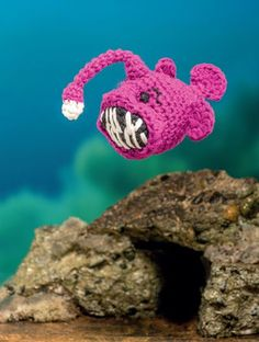 Bathtime Buddies – 20 Crocheted Animals from the Sea Angler Fish