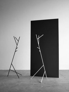 Busk and Hertzog Penny Coat Stand - The Penny Coat Stand is an unconventional and charismatic coat stand. The asymmetrical design adds an extra dimension to the product. #HALLE #Buskhertzog