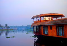 Globetrotter: Houseboating at Alleppey Backwater, #Kerala. #India