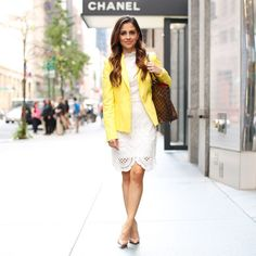 Such a cute professional look // yellow blazer and white lace dress  | Click through for outfit details! |