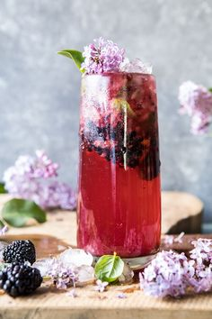 Blackberry Lilac Mojito - a combination unlike any other mojitos you've had before...plus beautiful, refreshing and so amazingly good! @halfbakedharvest.com