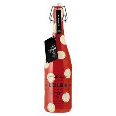 Rojo cereza claro, limpio, luminoso y atractivo, con ligera efervescencia de…