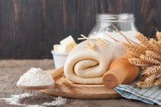 Pasta sfoglia veloce e facile Puff Pastry Dough, Biscotti, Stuffed Mushrooms, Good Food, Sweets, Homemade, Pane, Brunch, Pizza