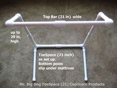 Blanket Support Lift Bar for your feet Raise blankets off your feet so you can sleep! Pvc Pipe Projects, Projects To Try, Click Home, Bird Quilt, Making Life Easier, Holiday Themes, Diy Bed, Big Dogs, Bed Covers