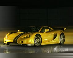 Ascari A10-set the record on the British Top Gear racetrack by The Stig