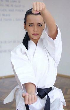 Female Martial Artists, Art Girl, Martial Arts, Ruffle Blouse, Guys, Women, Fashion, Fine Art, Girls