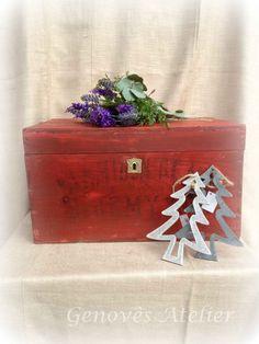 Antigua caja roja de madera Genoves Atelier