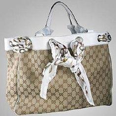 Gucci Tote Bags with a Scarf! RIONI - Gucci tote - Ideas of Gucci Tote - Bags from Gucci Gucci Scarf, Gucci Tote Bag, Gucci Purses, Gucci Handbags, Purses And Handbags, Gucci Gucci, Tote Bags, Gucci Bags, Prada Tote
