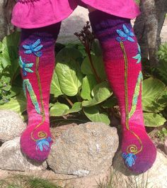 Ehlers Danlos Syndrome, Knitting Socks, Fairy Tales, Crafts, Fashion, Cast On Knitting, Vascular Ehlers Danlos Syndrome, Knit Socks, Moda
