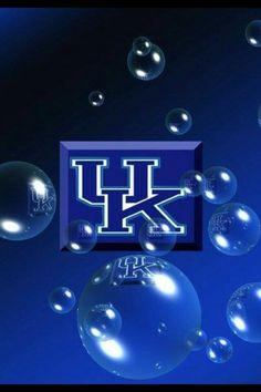 Happy New Year Wildcats! Kentucky Wildcats Football, Kentucky College Basketball, Uk Wildcats Basketball, Kentucky Sports, Basketball Is Life, University Of Kentucky, Basketball Players, Soccer, College Football