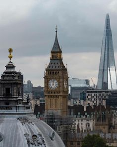 The Shard & The Big Ben, London.-