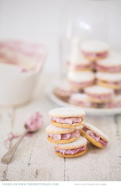 cupcake macarons with jam & cream