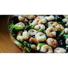 Fresca, deliziosa, estiva ... insalata di mare, buon pranzo!