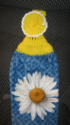 Daisy Kitchen Towel by Tambowsdesigns on Etsy, $3.25