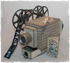 Retro Camera, vintage camera, kamera, papir kamera, filmcamera, konfirmasjon, papirbretting, paperfolding, 3D, paper, scrapbooking, scrapbook, Gunnspapirpyssel, filmrull, filmstripe