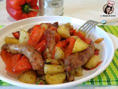 """""""Sausage, Peppers, Onions, and Potato Bake"""" - Mangia Magna Sausage Recipes For Dinner, Italian Sausage Recipes, Easy Dinner Recipes, Recipes Using Sausages, Sausage Peppers And Onions, Stuffed Peppers, Famous Italian Food, How To Cook Sausage, Baked Sausage"""