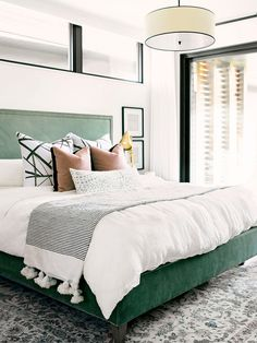 3 Convenient Tips: Natural Home Decor Wood Living Rooms natural home decor living room sofas.Natural Home Decor Living Room Sofas natural home decor earth tones spaces.Natural Home Decor Living Room Couch. Bedroom Green, Dream Bedroom, Home Decor Bedroom, Green Bedding, Hunter Green Bedrooms, Emerald Bedroom, Bedroom Furniture, Green Headboard, Fall Bedroom