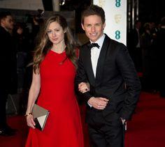 Eddie Redmayne y su mujer, Hannah Bagshawe en los Premios Bafta.