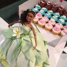 Princess Tiana and cupcakes.