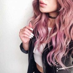 nice Pastel pink hair - the best 50 inspirational images Curls Haircut, Cheveux Oranges, Pastel Pink Hair, Pastel Goth, Purple Hair, Best Pink Hair Dye, Pink Purple, Rose Pink Hair, Peach Hair