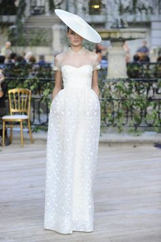 Vestido de novia de Josep Font #boda #vestidos #MBFWM
