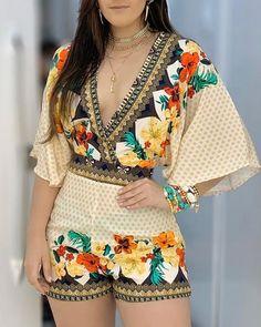 Deep V Neck Floral Half Sleeve Romper Casual One Piece Trend Fashion, Womens Fashion, Estilo Fashion, Rompers Women, Women's Rompers, Playsuits, Half Sleeves, Pattern Fashion, Sleeve Styles