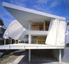 Curtain Wall House shigeru ban openhouse